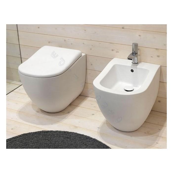 Sanitari per bagno fluid bidet water a pavimento e sedile bianco